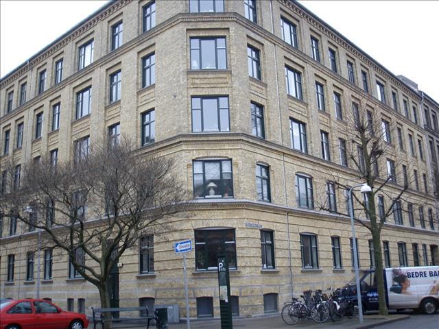 Aksel Møllers Have 13, 2. th, 2000 Frederiksberg