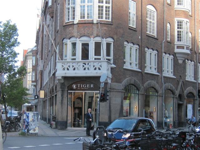 Christian IX's Gade 1, 1. , 1111 København K
