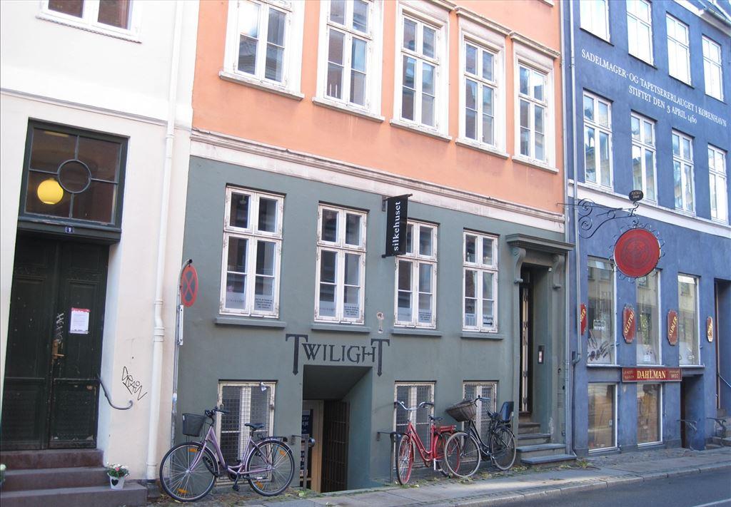 Fortunstræde 3, 2. , 1065 København K