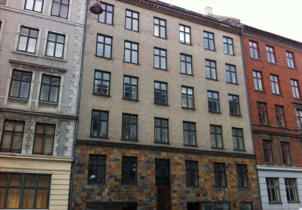 Cort Adelers Gade 4, 2. th, 1053 København K