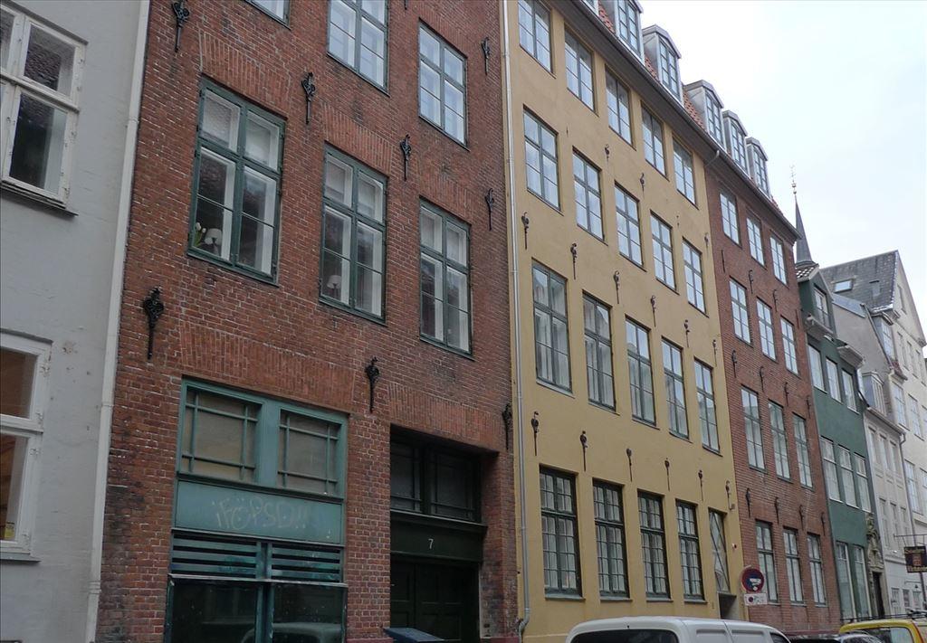 Valkendorfsgade 9, kl. , 1151 København K