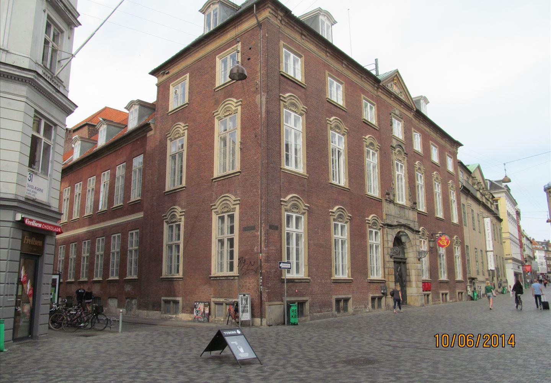 Løvstræde 5, 1. , 1152 København K
