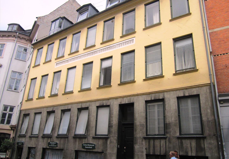 Fortunstræde 4, 2. tv, 1065 København K