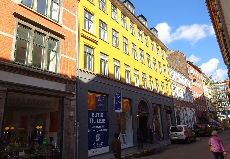 Løvstræde 8, 1. th, 1152 København K