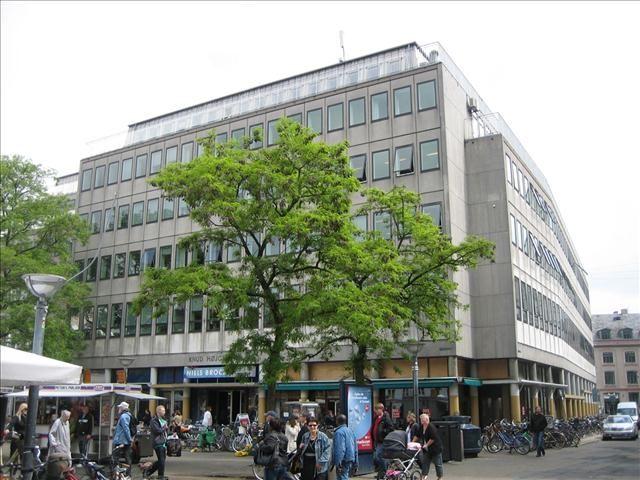 Hauser Plads 1, 1. , 1127 København K